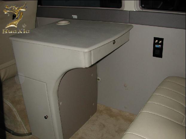 真皮办公桌带电源插座-华夏汽车用品有限公司汽车